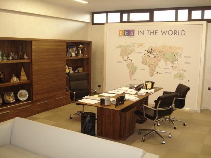 Uffici direzionali e home office contract arredo for Designer di mobili per ufficio